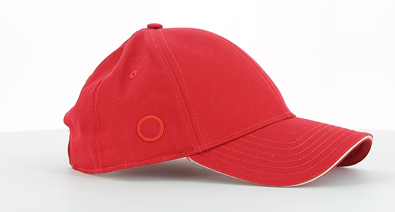 Peter Fleming casquette rouge_032